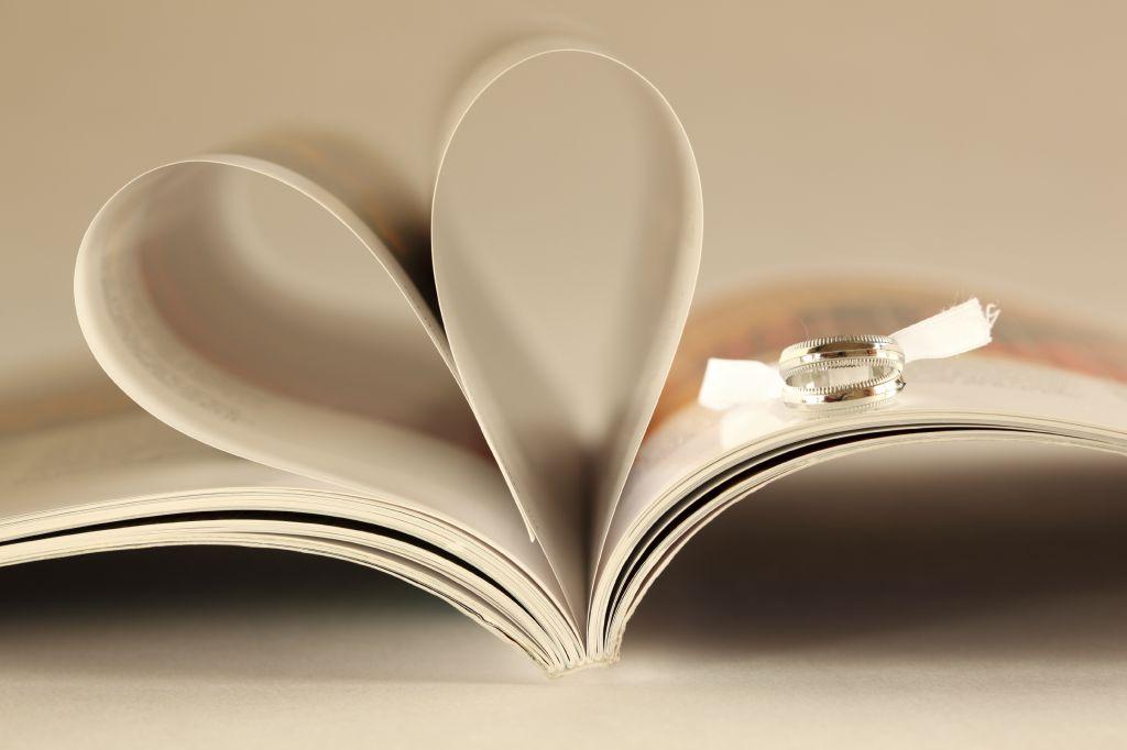 Matrimonio Tema Letterario : Idee per un matrimonio a tema letterario ⋆ mama casa in